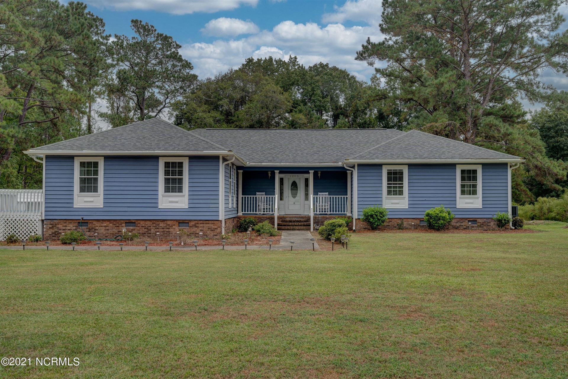 Photo of 1295 Moore Town Road, Rocky Point, NC 28457 (MLS # 100294545)