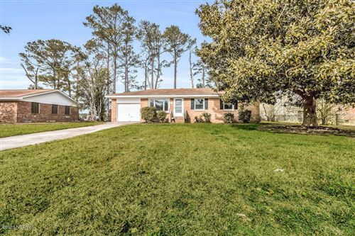 Photo of 117 Sheffield Road, Jacksonville, NC 28546 (MLS # 100204547)
