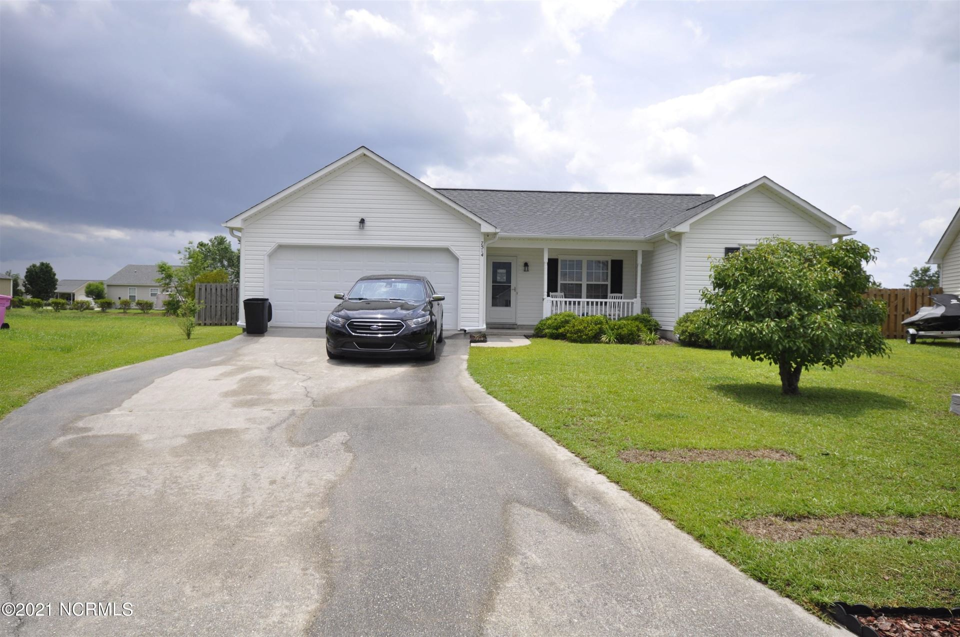 Photo for 7514 Whitney Drive, Wilmington, NC 28411 (MLS # 100280547)