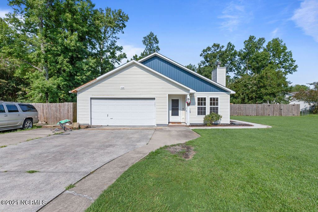 Photo for 113 Sweetwater Drive, Jacksonville, NC 28540 (MLS # 100283549)