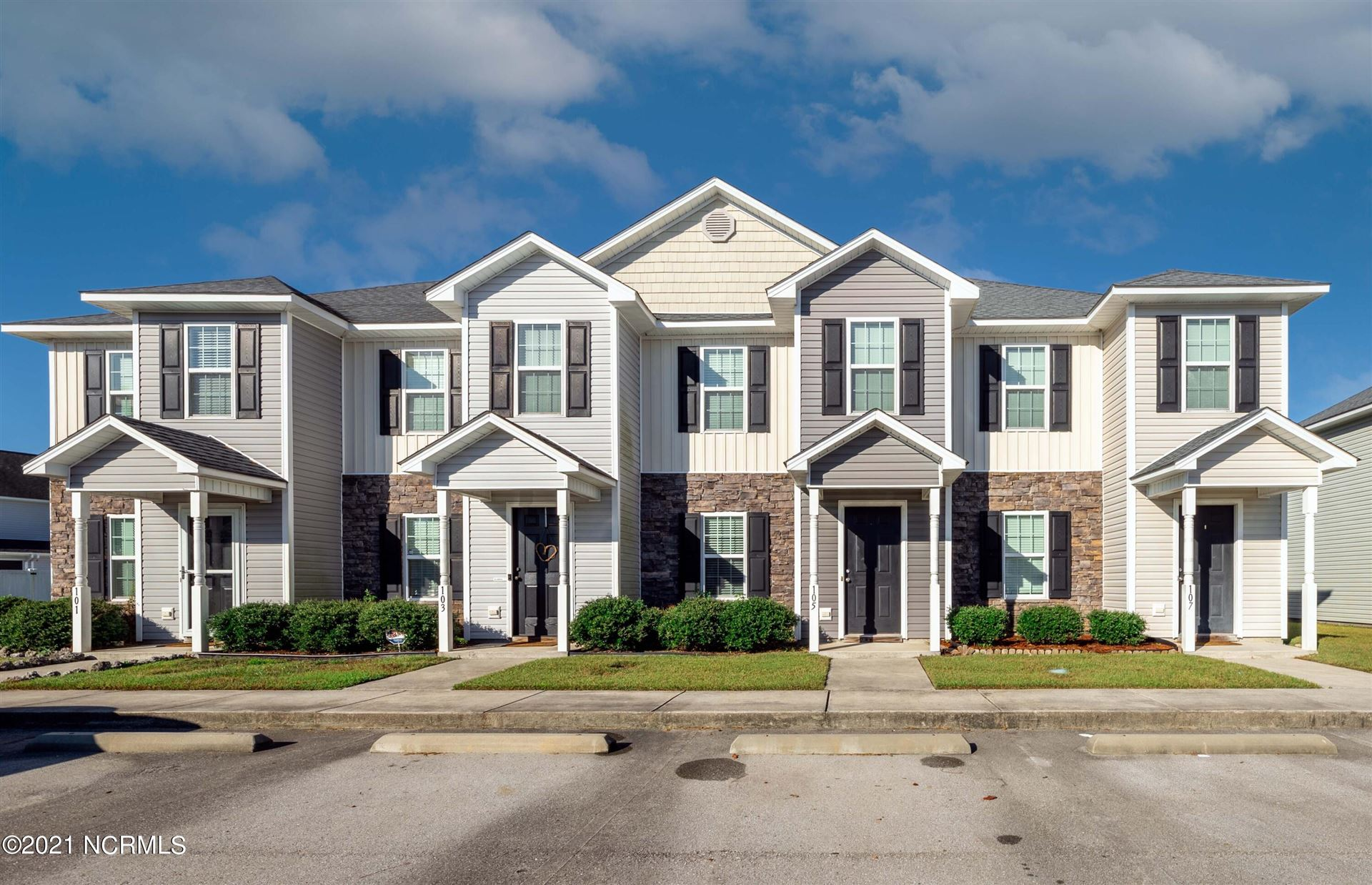 Photo of 105 Glen Cannon Drive, Jacksonville, NC 28546 (MLS # 100292550)