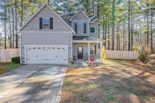 Photo of 110 Briscoe Drive, Richlands, NC 28574 (MLS # 100252552)