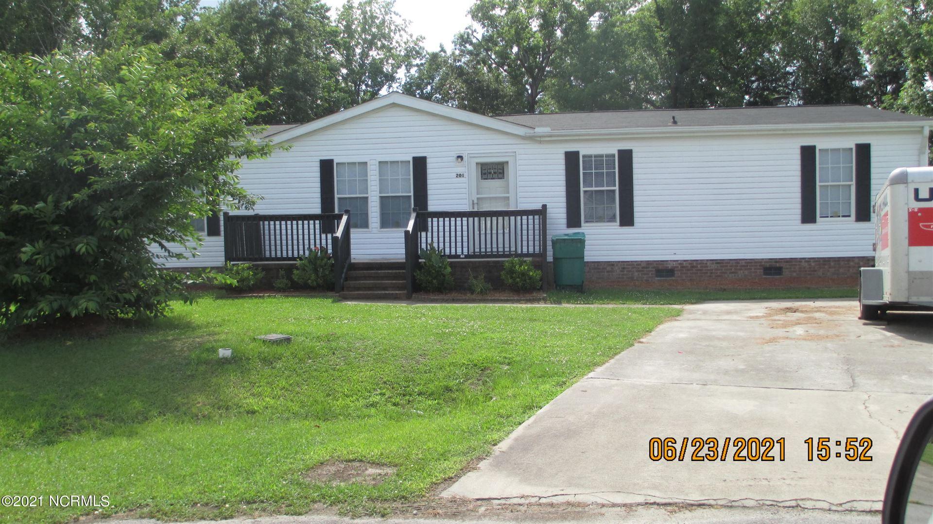 Photo of 201 Shipmans Pike, Jacksonville, NC 28546 (MLS # 100278552)