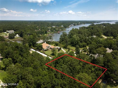 Photo of 344 Chadwick Shores Drive, Sneads Ferry, NC 28460 (MLS # 100276553)