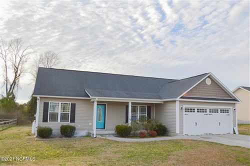 Photo of 204 Cottage Brook Court, Richlands, NC 28574 (MLS # 100252554)