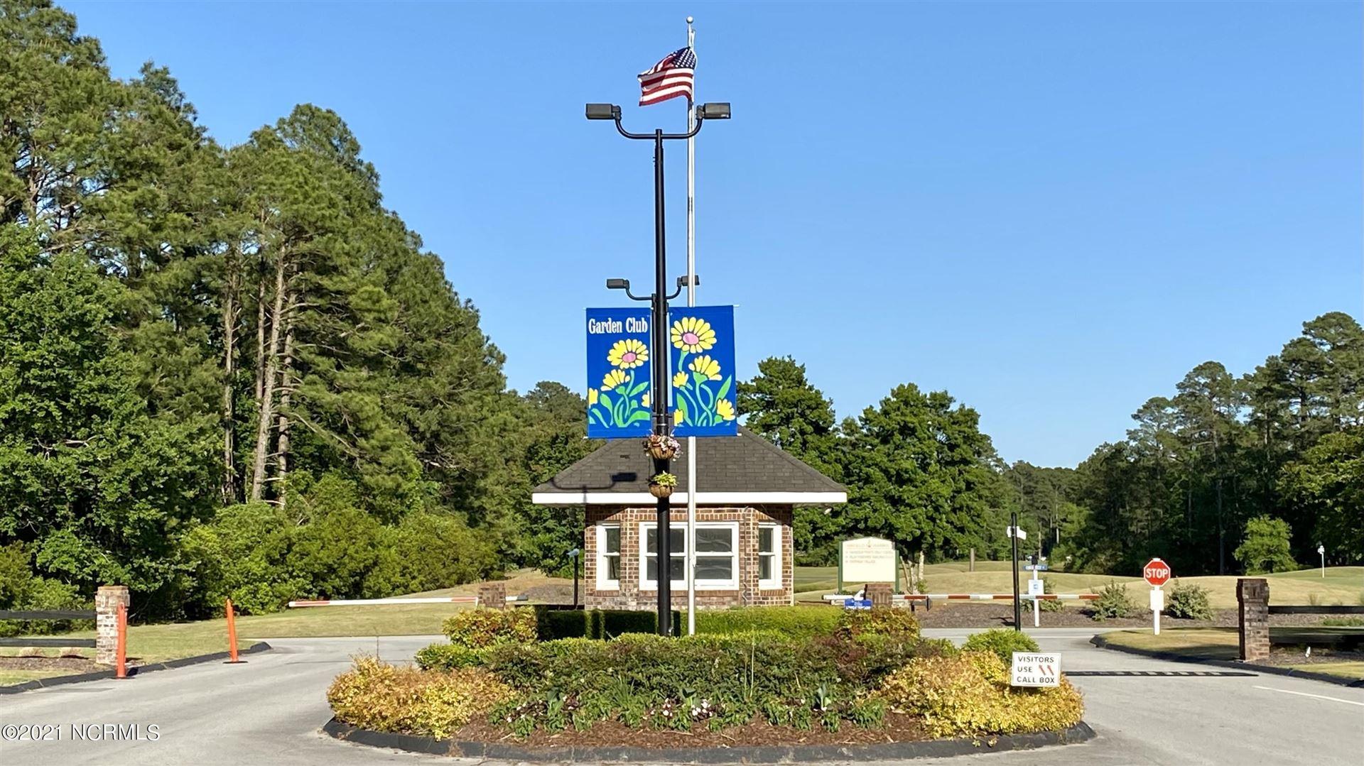 Photo of 1027 Barkentine Drive, New Bern, NC 28560 (MLS # 100272556)
