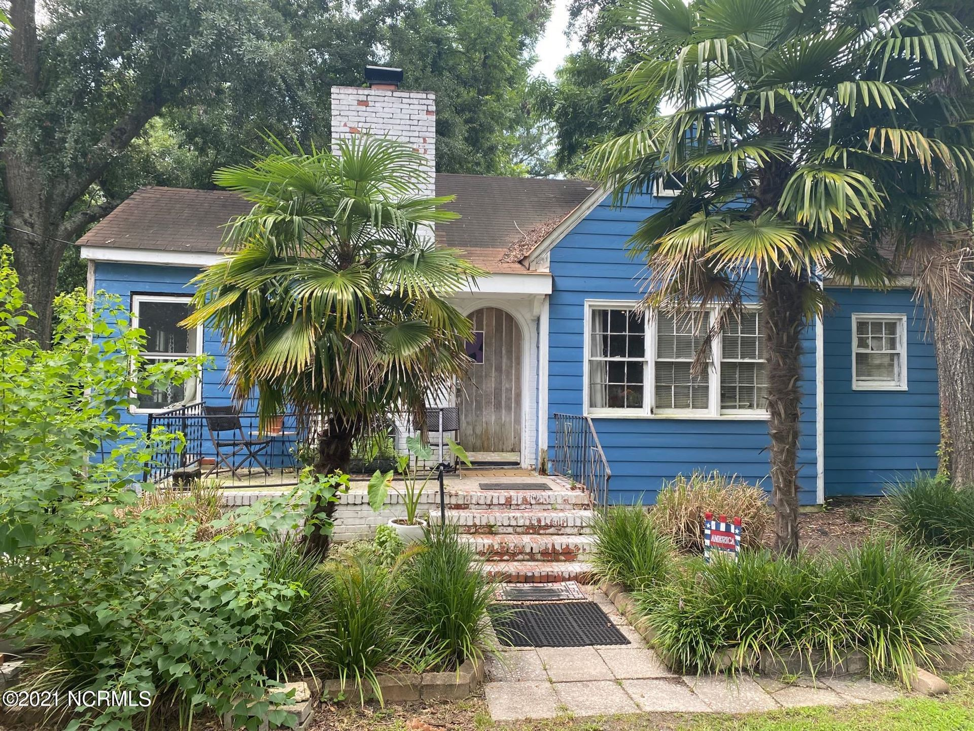 Photo for 3814 Wrightsville Avenue, Wilmington, NC 28403 (MLS # 100285557)