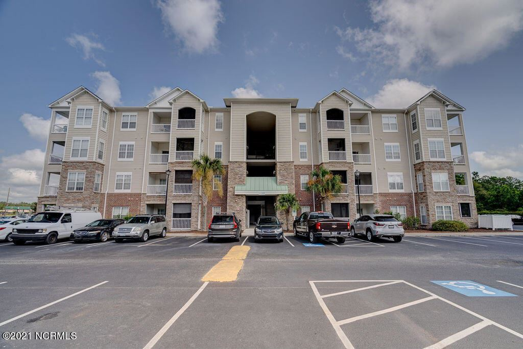 Photo for 100 Gateway Condos Drive #Unit 145, Surf City, NC 28445 (MLS # 100285559)