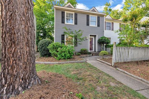 Photo of 122 Greenford Place, Jacksonville, NC 28540 (MLS # 100217560)