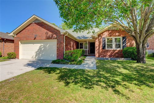 Photo of 315 Chattooga Place Drive, Wilmington, NC 28412 (MLS # 100215561)