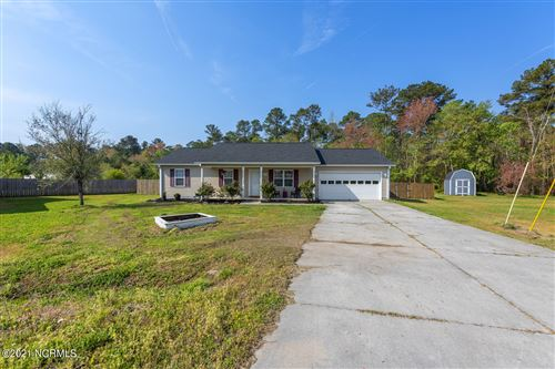 Photo of 206 Angie Court, Richlands, NC 28574 (MLS # 100266562)