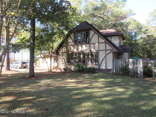 Photo of 12381 Elmhurst Drive, Laurinburg, NC 28352 (MLS # 100295565)