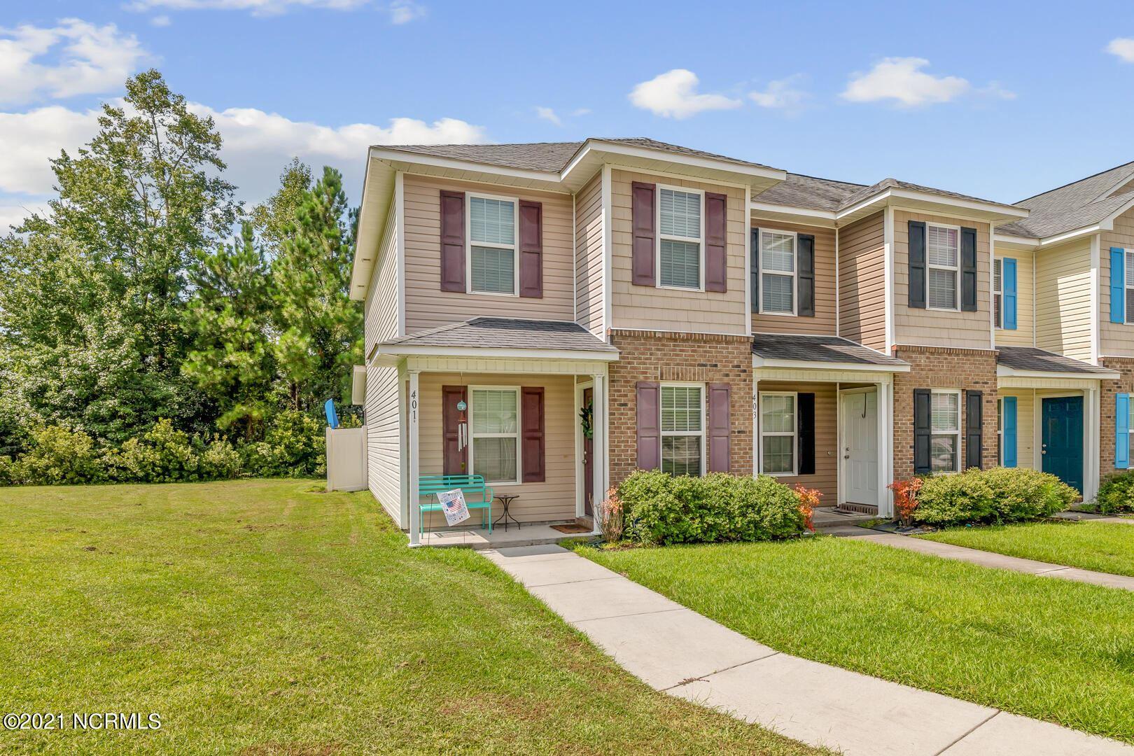 Photo of 401 Falls Cove, Jacksonville, NC 28546 (MLS # 100287569)