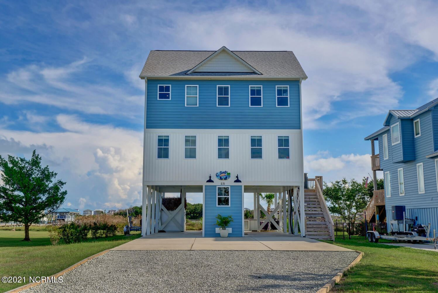 Photo of 231 Waterway Drive, Sneads Ferry, NC 28460 (MLS # 100293572)