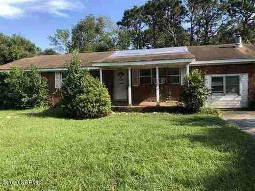 Photo of 5628 Saint Nicholas Road, Wilmington, NC 28405 (MLS # 100237576)
