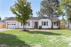 Photo of 104 Avon Drive, Hubert, NC 28539 (MLS # 100181587)