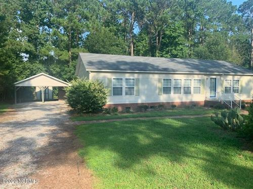 Photo of 511 Groves Point Drive, Hampstead, NC 28443 (MLS # 100231587)
