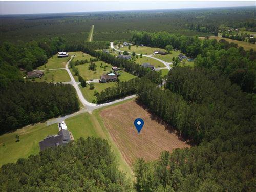 Photo of 9 Wolfe Run Road, Burgaw, NC 28425 (MLS # 100269589)