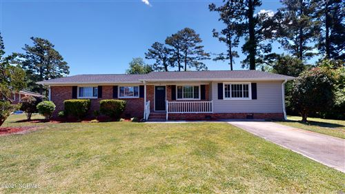 Photo of 12 Sheffield Road, Jacksonville, NC 28546 (MLS # 100271590)