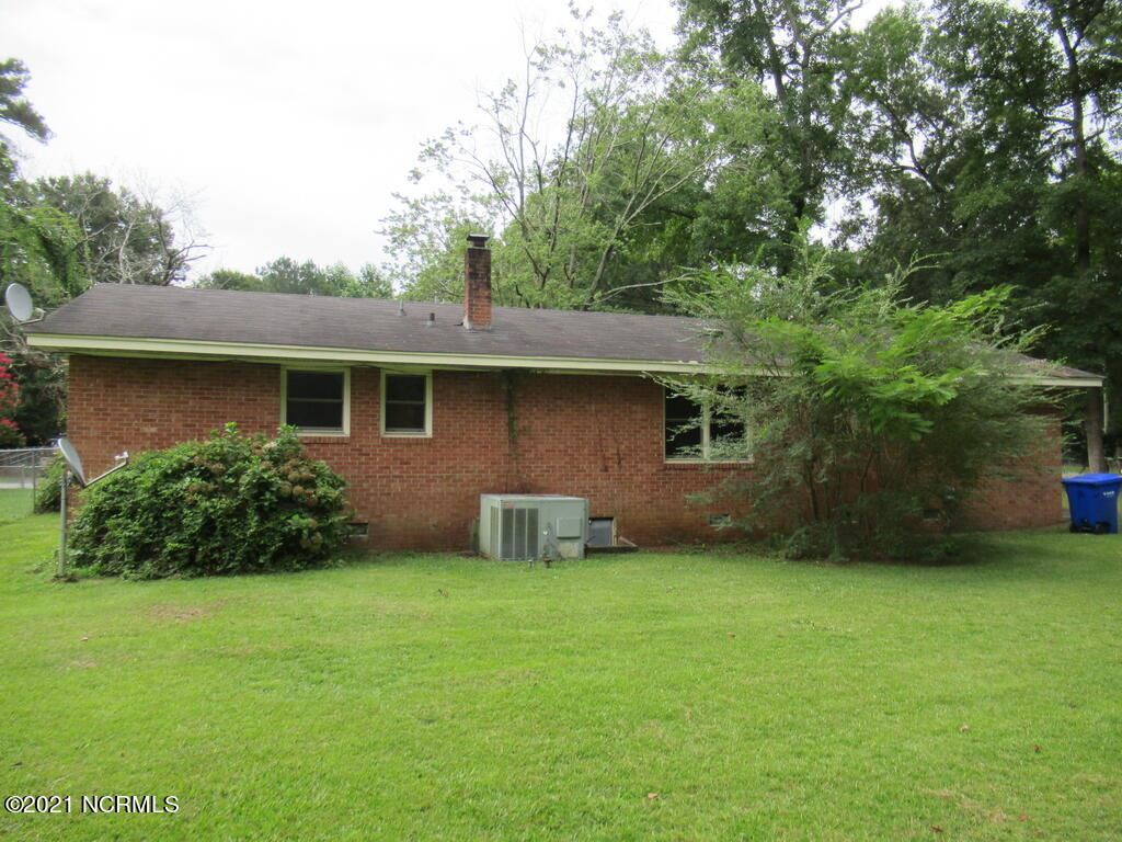 Photo of 104 Woodside Road, Greenville, NC 27834 (MLS # 100288591)