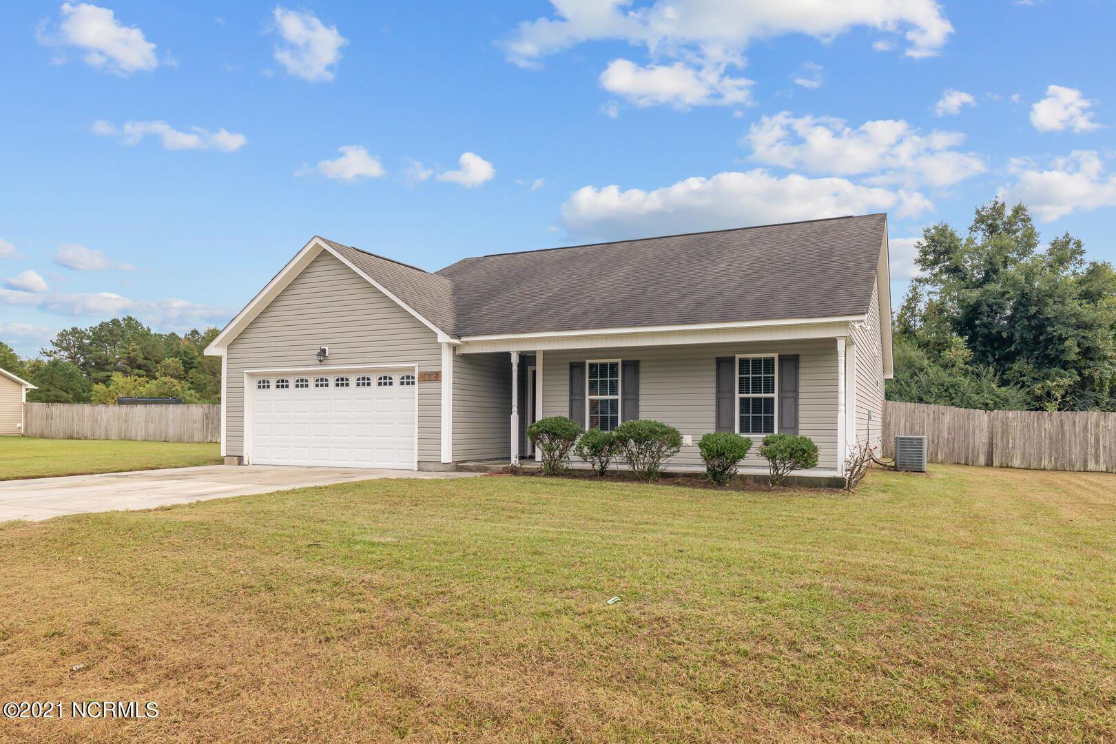 Photo of 107 Farmgate Drive, Richlands, NC 28574 (MLS # 100291591)