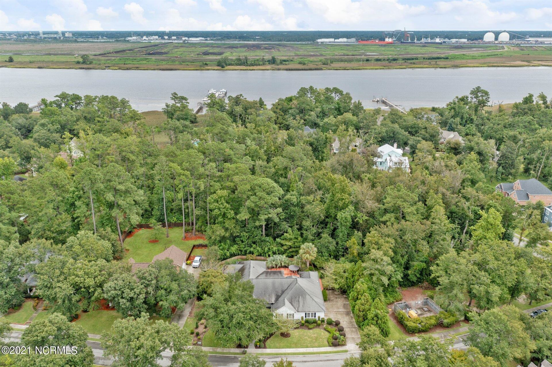 Photo of 10210 Mariners Cove Court, Belville, NC 28451 (MLS # 100287592)