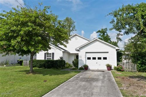 Photo of 816 S Dogwood Lane, Swansboro, NC 28584 (MLS # 100225594)