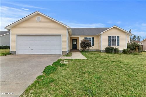 Photo of 202 Cadence Court, Richlands, NC 28574 (MLS # 100209595)