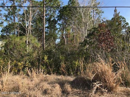 Photo of 4408 Oakcrest Drive SE, Southport, NC 28461 (MLS # 100262596)