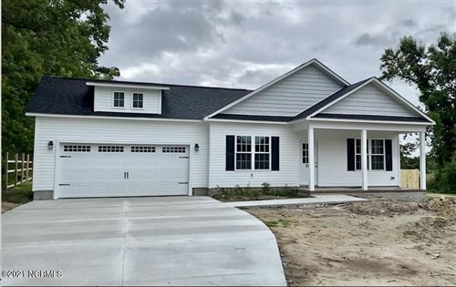 Photo of 419 Haw Branch Road, Richlands, NC 28574 (MLS # 100256601)