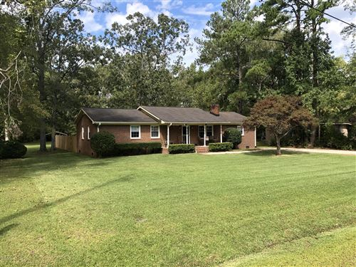 Photo of 416 Bradford Drive, New Bern, NC 28562 (MLS # 100204602)