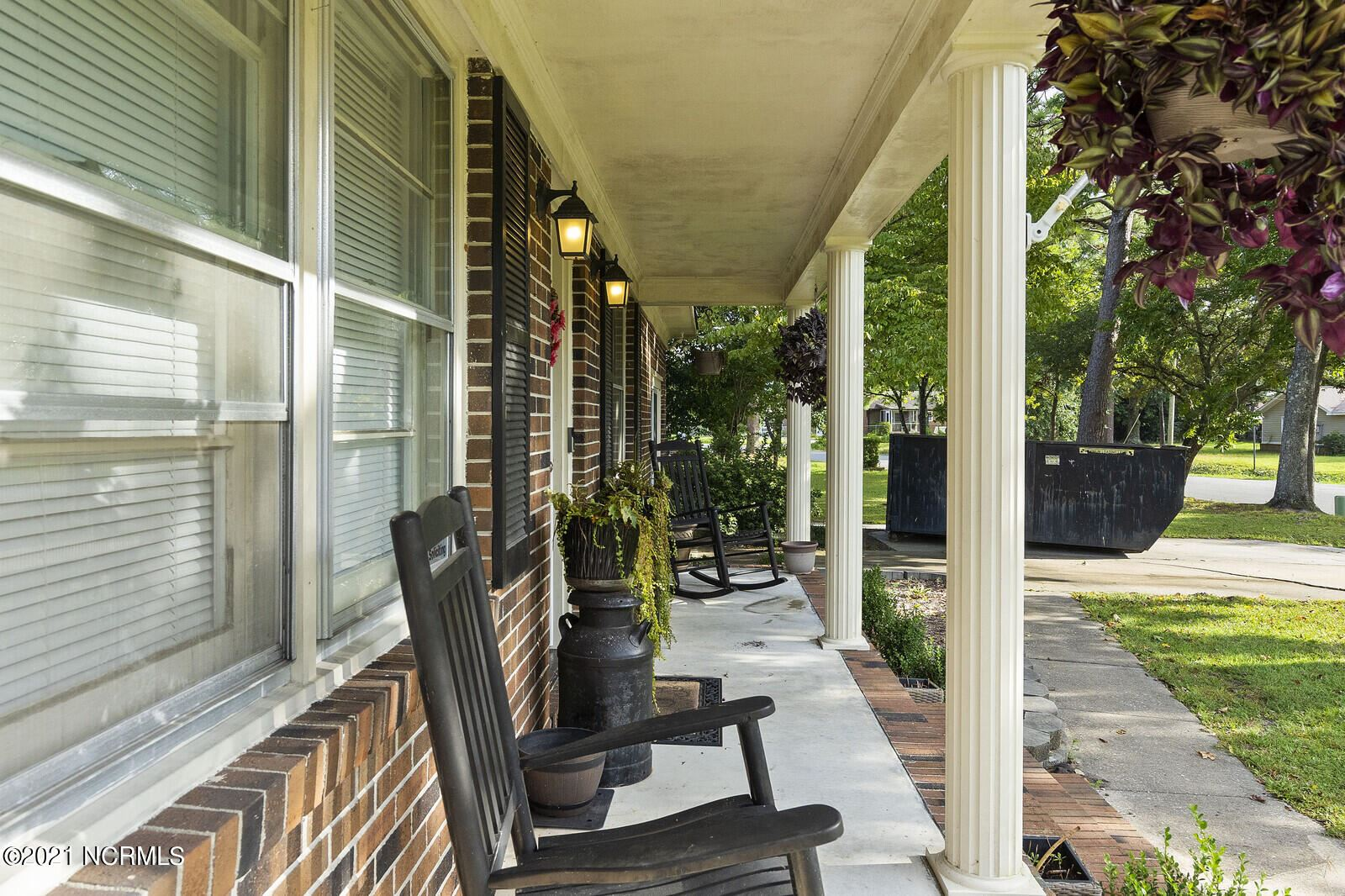 Photo of 1106 Kings Grant Road, Wilmington, NC 28405 (MLS # 100288602)