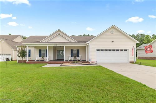 Photo of 216 Raven Ridge Court, Swansboro, NC 28584 (MLS # 100225608)