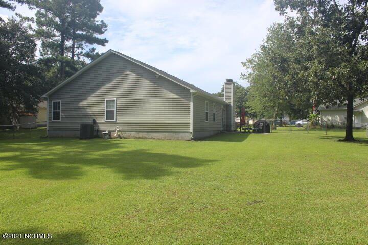 Photo of 208 Blueberry Court, Hubert, NC 28539 (MLS # 100287609)