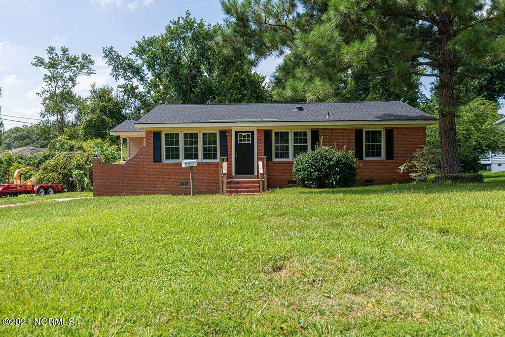Photo of 305 Long Acres Drive, Jacksonville, NC 28546 (MLS # 100288609)