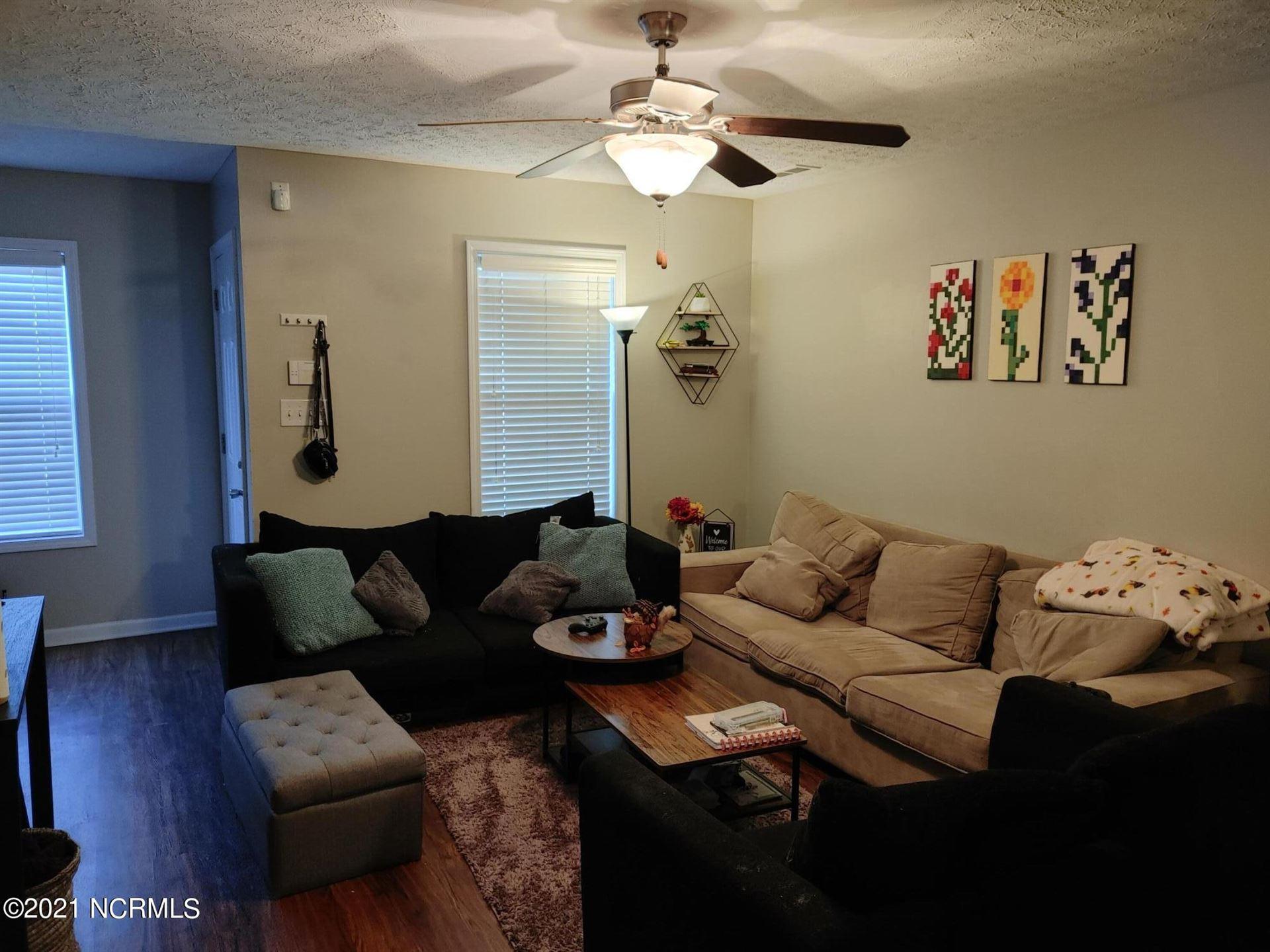 Photo of 411 Falls Cove, Jacksonville, NC 28546 (MLS # 100293613)
