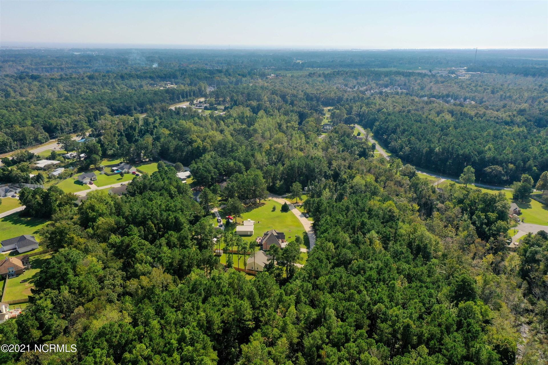 Photo of 143 Bayside Drive, Sneads Ferry, NC 28460 (MLS # 100295613)