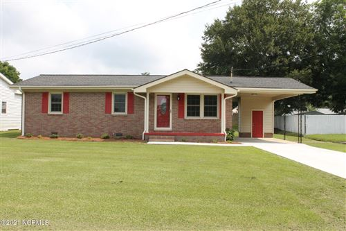 Photo of 53 Pineway Lane, Whiteville, NC 28472 (MLS # 100282614)