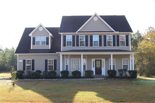 Photo of 102 Sunny Point Drive, Richlands, NC 28574 (MLS # 100194616)