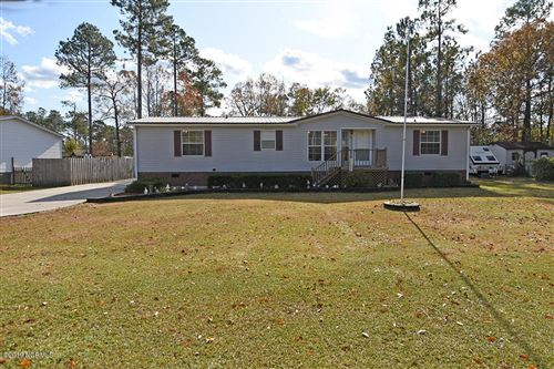 Photo of 141 Bellhammon Forest Drive, Rocky Point, NC 28457 (MLS # 100195618)