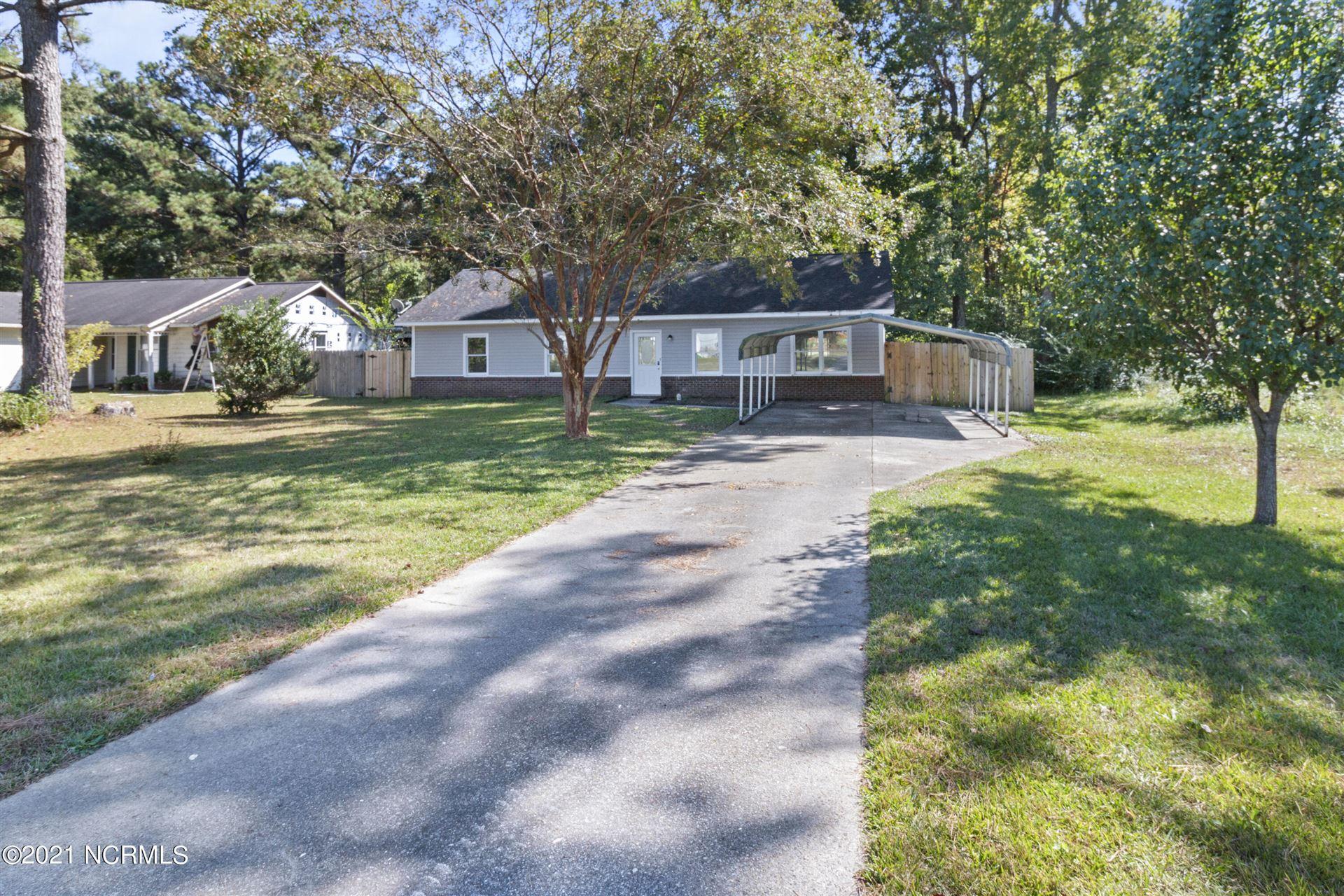 Photo of 1006 Birchwood Lane, Jacksonville, NC 28546 (MLS # 100292619)