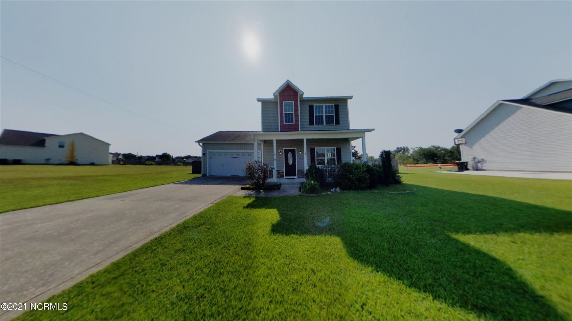Photo of 419 Fawn Meadow Drive, Richlands, NC 28574 (MLS # 100290621)