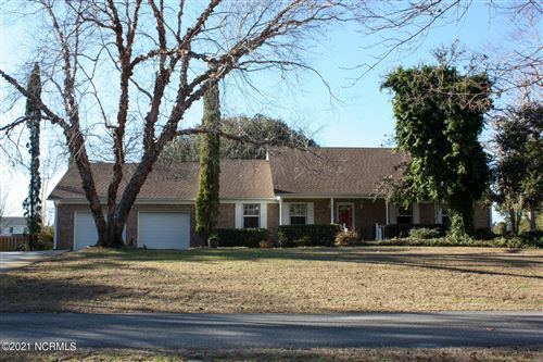 Photo of 5217 Walden Court SE, Southport, NC 28461 (MLS # 100251623)