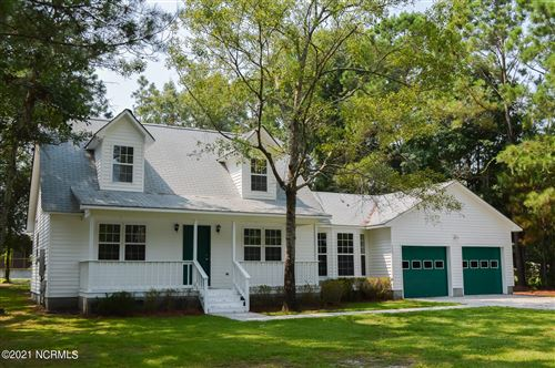 Photo of 430 Chadwick Shores Drive, Sneads Ferry, NC 28460 (MLS # 100282625)