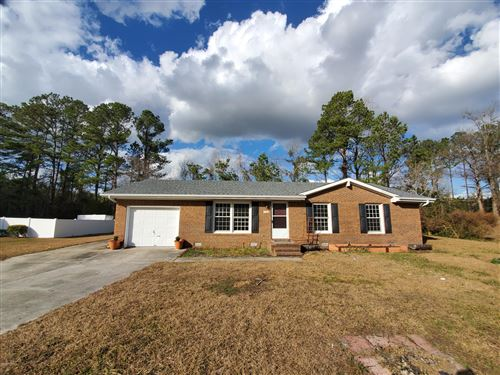 Photo of 105 Vandergrift Drive, Jacksonville, NC 28540 (MLS # 100197626)