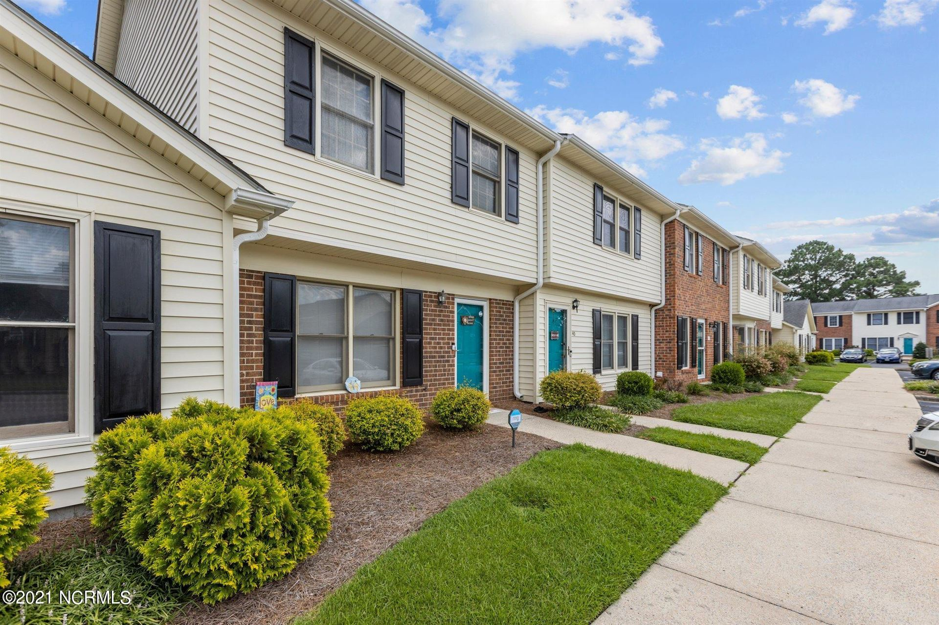 Photo of 2700 Thackery Road #39, Greenville, NC 27858 (MLS # 100285629)