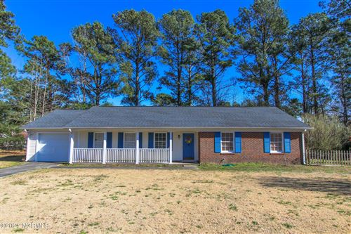 Photo of 518 E Springhill Terrace, Jacksonville, NC 28546 (MLS # 100259630)