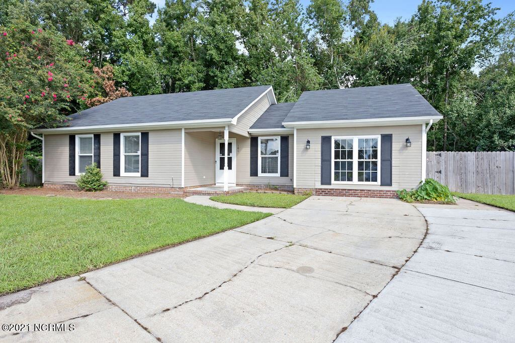 Photo of 104 Ambray Court, Jacksonville, NC 28540 (MLS # 100287633)