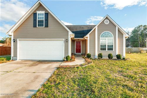 Photo of 204 Cherry Blossom Drive, Richlands, NC 28574 (MLS # 100201634)