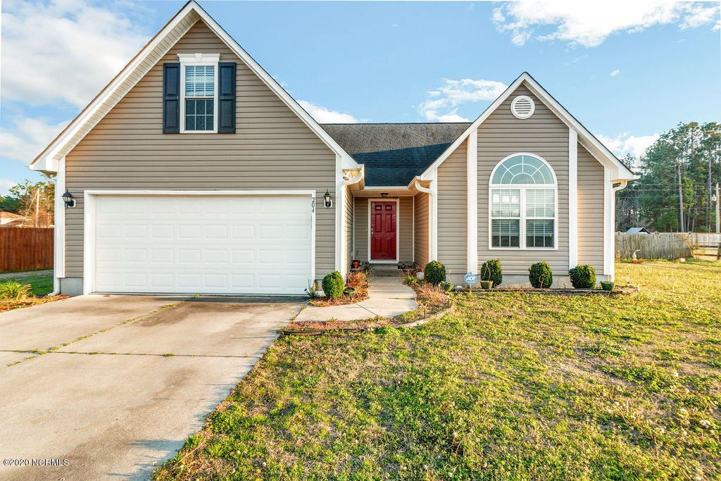 204 Cherry Blossom Drive, Richlands, NC 28574 - #: 100201634